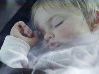 Thuốc lá đầu độc sức khỏe trẻ nhỏ