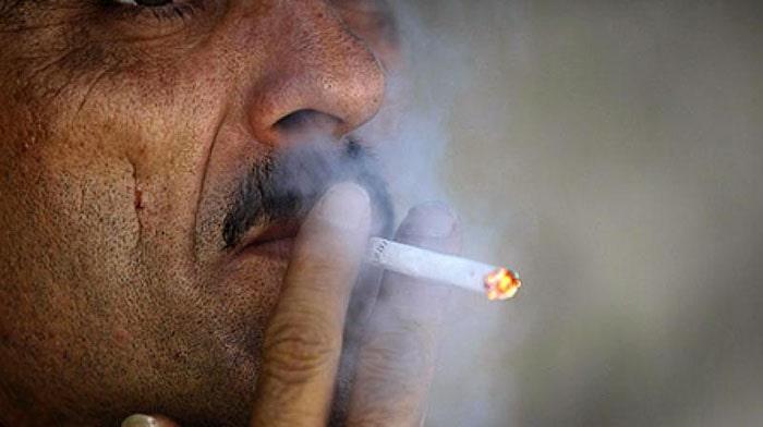 Hút thuốc lá làm tăng nguy cơ mắc bệnh mạch vành